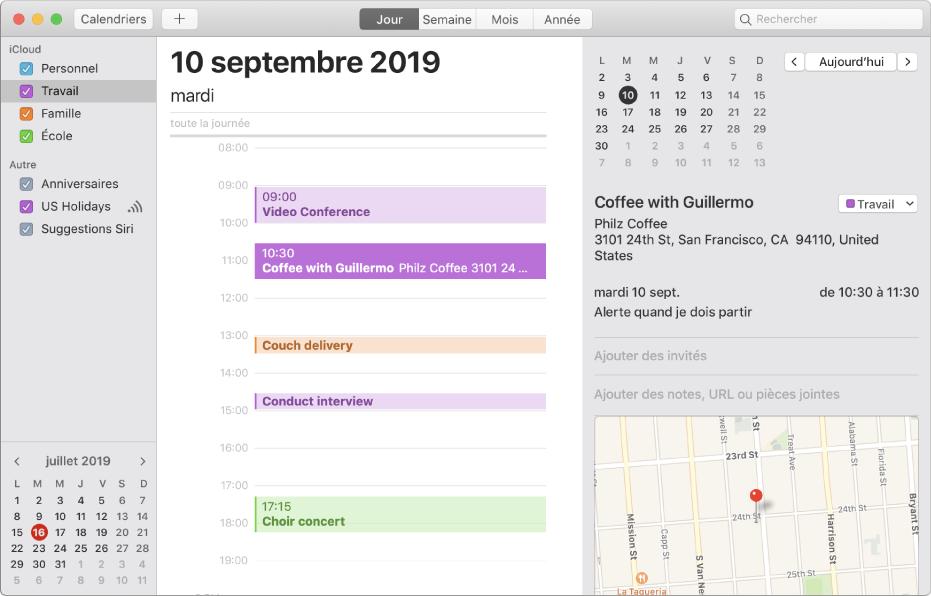 Une fenêtre de Calendrier en présentation par jour affichant dans la barre latérale des calendriers personnels, professionnels, familiaux et scolaires auxquels est appliqué un code couleur sous l'en-tête du compte iCloud.
