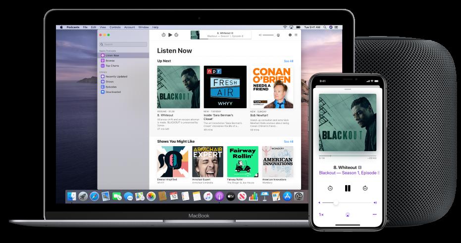 Het Podcasts-venster met het scherm 'Luister nu' op een Mac en iPhone, met een HomePod op de achtergrond.