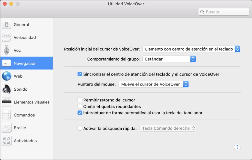 La ventana de Utilidad VoiceOver mostrando la categoría Navegación seleccionada en la barra lateral en la izquierda y sus opciones en la derecha. En la esquina inferior derecha de la ventana hay un botón Ayuda que muestra la ayuda en línea de VoiceOver sobre las opciones.