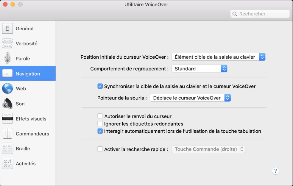 Fenêtre Utilitaire VoiceOver. La catégorie Navigation est sélectionnée dans la barre latérale située à gauche et les options correspondantes apparaissent sur le côté droit. Un bouton Aide apparaît dans le coin inférieur droit de la fenêtre pour afficher l'aide en ligne VoiceOver concernant les options.