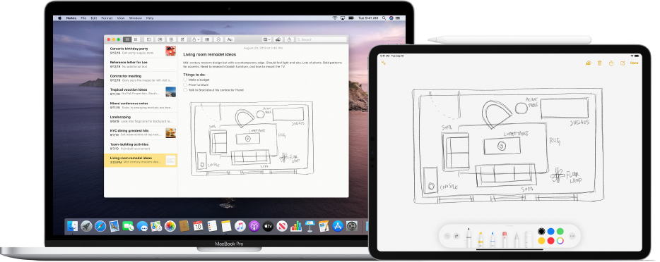 """Ein iPad, auf dem eine Skizze angezeigt wird; daneben befindet sich ein Mac, auf dem die gleiche Skizze in der App """"Notizen"""" zu sehen ist."""