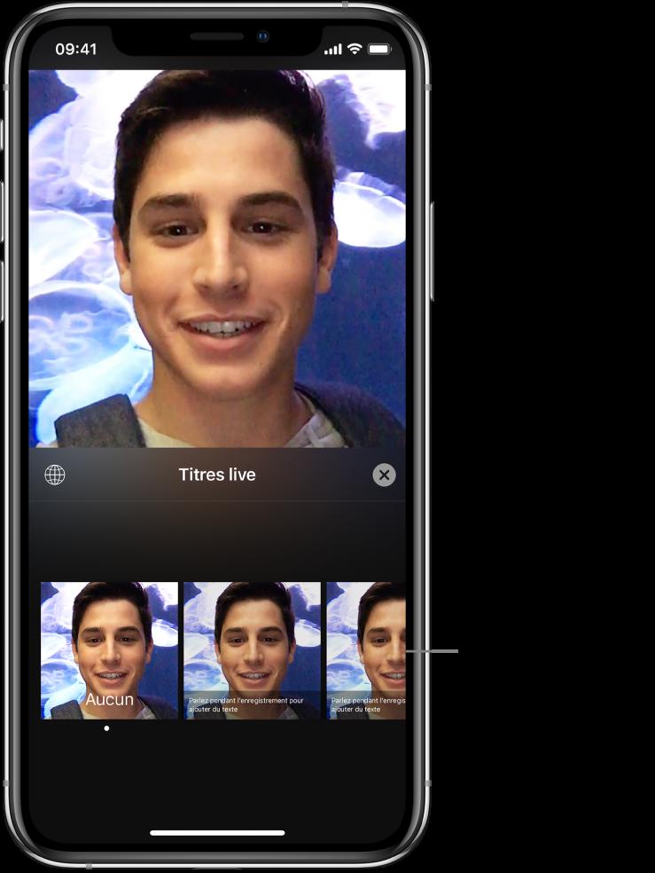 Une image vidéo dans le visualiseur, avec les options de titres live en bas.