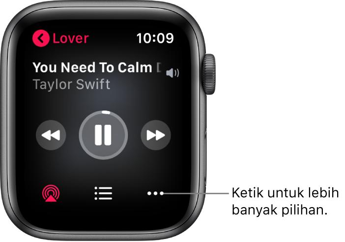 Skrin Kini Dimainkan dalam app Muzik. Nama album berada di bahagian kiri atas. Tajuk lagu dan artis muncul di bahagian atas, kawalan main di bahagian tengah dan butang AirPlay, senarai trek dan Pilihan berada di bahagian bawah.