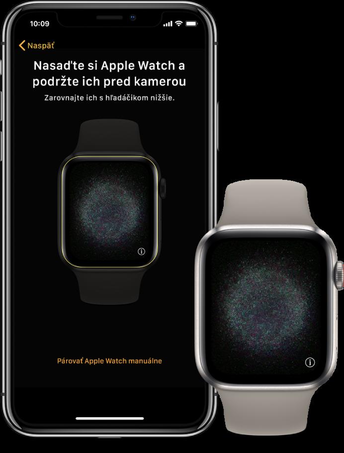 iPhone ahodinky položené pri sebe. Na obrazovke iPhonu sa zobrazujú pokyny na spárovanie shodinkami Apple Watch viditeľnými vhľadáčiku anaobrazovke hodiniek Apple Watch sa zobrazuje obrázok spárovania.