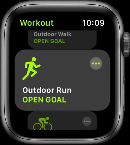 Zaslon aplikacije Workout (Vadba) s poudarjenim načinom vadbe Outdoor Run (Tek na prostem).