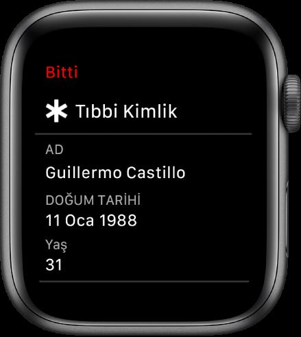 Kullanıcının adını, doğum tarihini ve yaşını gösteren Tıbbi Kimlik ekranı.