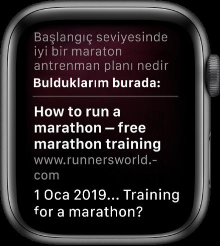 """""""Yeni başlayanlar için iyi bir maraton hazırlık planı nedir"""" sorusuna web'den yanıt veren Siri."""