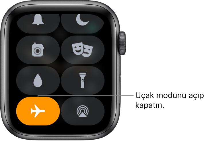 Uçak modunun açık olduğunu göstermek için uçak modu düğmesi vurgulanmış Denetim Merkezi.