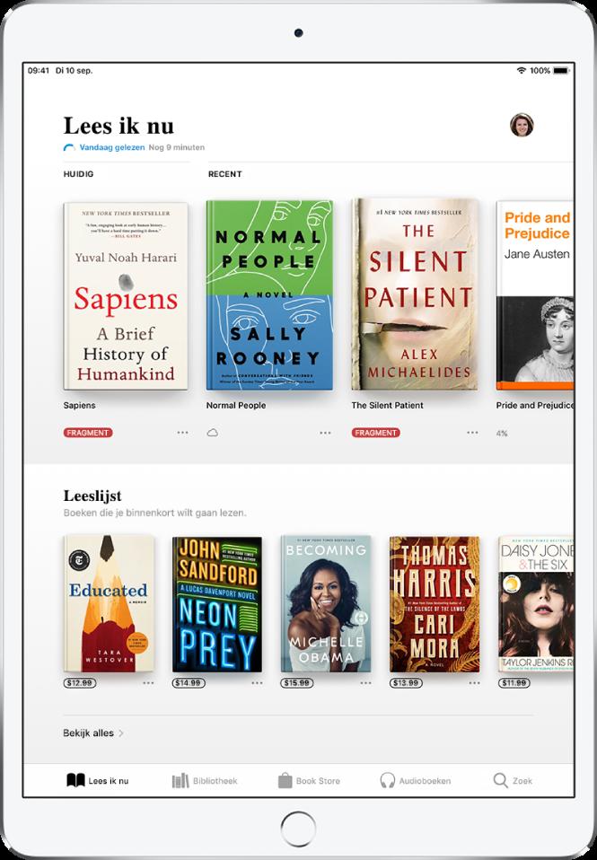 Een scherm in de Boeken-app. Onder in het scherm staan van links naar rechts de tabbladen 'Lees ik nu', 'Bibliotheek', 'BookStore', 'Audioboeken' en 'Zoek'. Het tabblad 'Lees ik nu' is geselecteerd. Boven in het scherm bevindt zich het gedeelte 'Lees ik nu', waarin de boeken worden weergegeven die nu worden gelezen. Daaronder bevindt zich het gedeelte 'Leeslijst' waarin boeken worden weergegeven die je mogelijk wilt lezen.