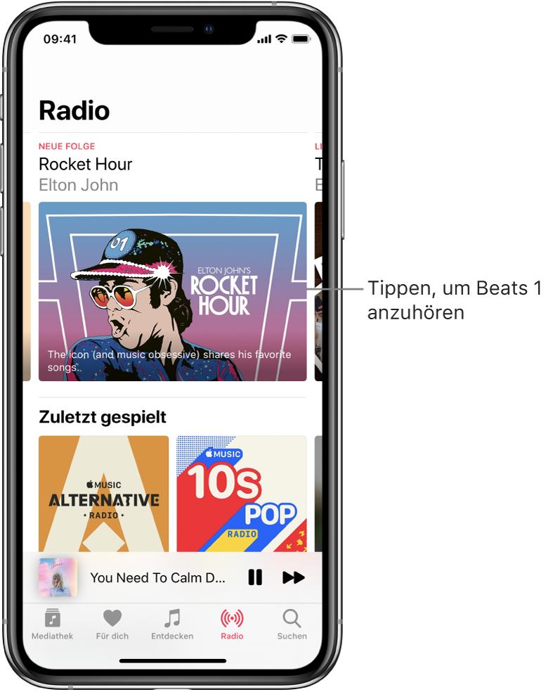 """Der Bildschirm """"Radio"""" mit dem Sender Beats1 oben. Darunter werden die kürzlich gespielten Inhalte angezeigt."""