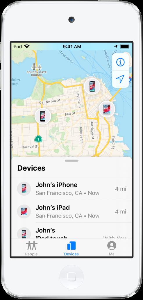 Der er tre enheder på listen Enheder. Johns iPhone, Johns iPad, og Johns iPodtouch. Deres lokalitet vises på et kort over San Francisco.