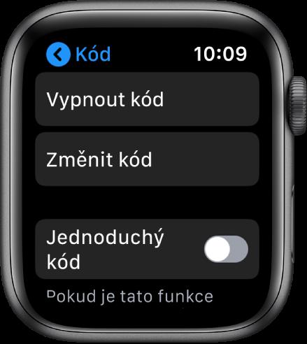 """Nastavení přístupového kódu na AppleWatch stlačítkem """"Vypnout kód"""" nahoře, tlačítkem """"Změnit kód"""" pod ním atlačítkem """"Jednoduchý kód"""" dole"""