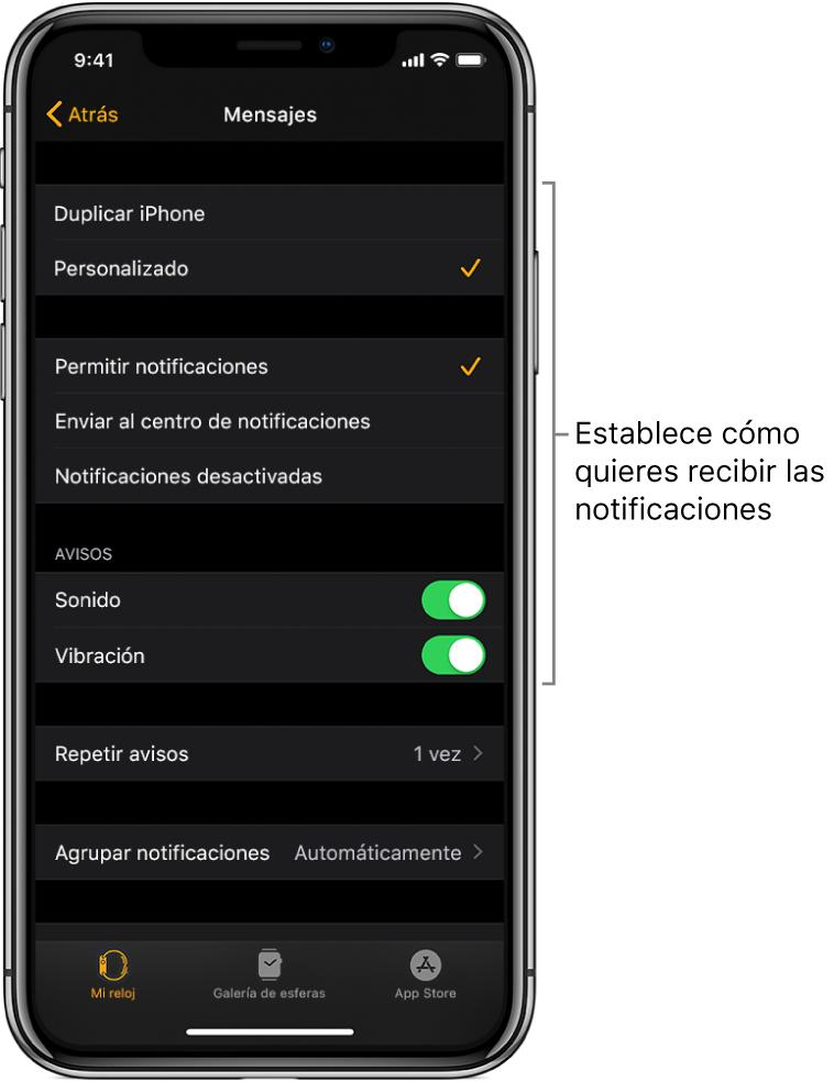 Ajustes de Mensajes en la app AppleWatch del iPhone. Puedes seleccionar si quieres que te muestren los avisos, que se active el sonido, que se active la vibración y que se repitan los avisos.