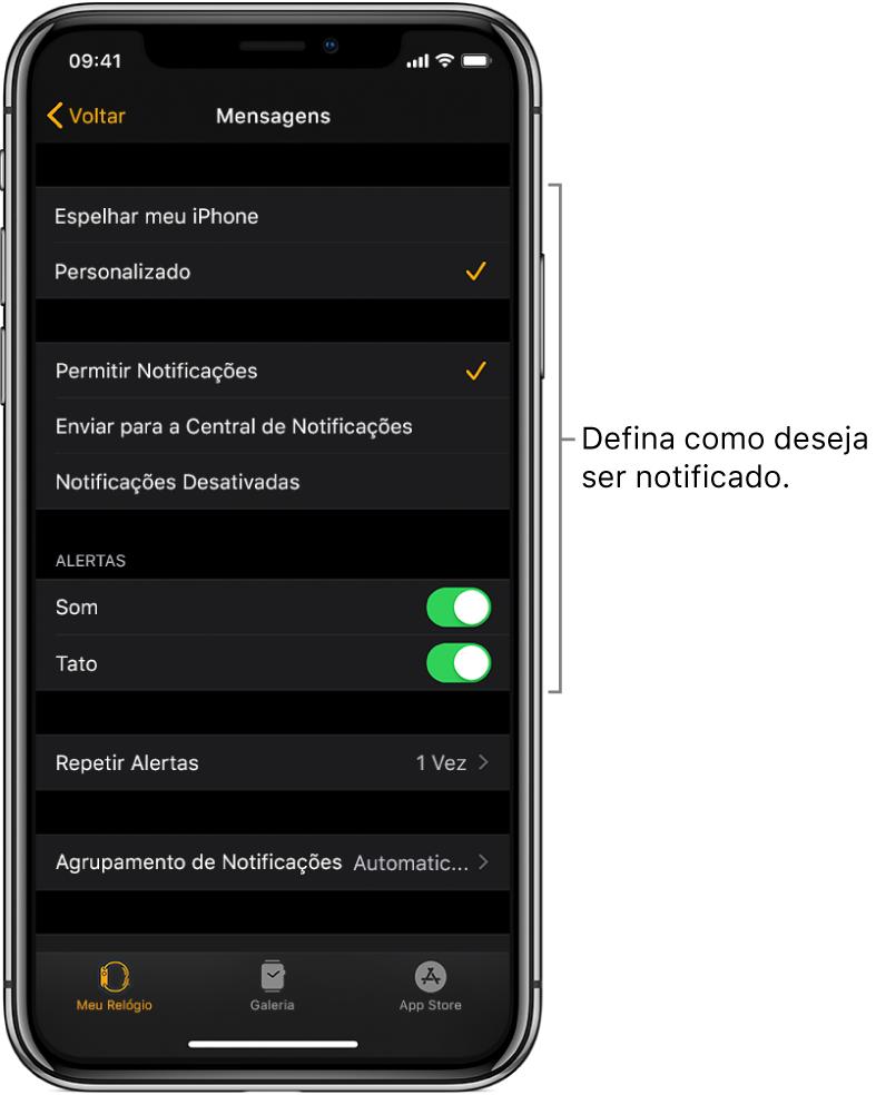 Ajustes do Mensagens no app AppleWatch no iPhone. Você pode escolher se deseja mostrar alertas, ativar o som, ativar o tato e repetir alertas.