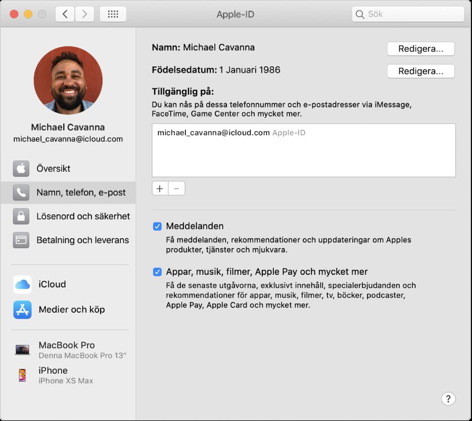 Inställningspanelen Apple-ID med ett sidofält med olika typer av kontoalternativ som du kan använda och inställningspanelen Namn, Telefon, E-post för ett befintligt konto.