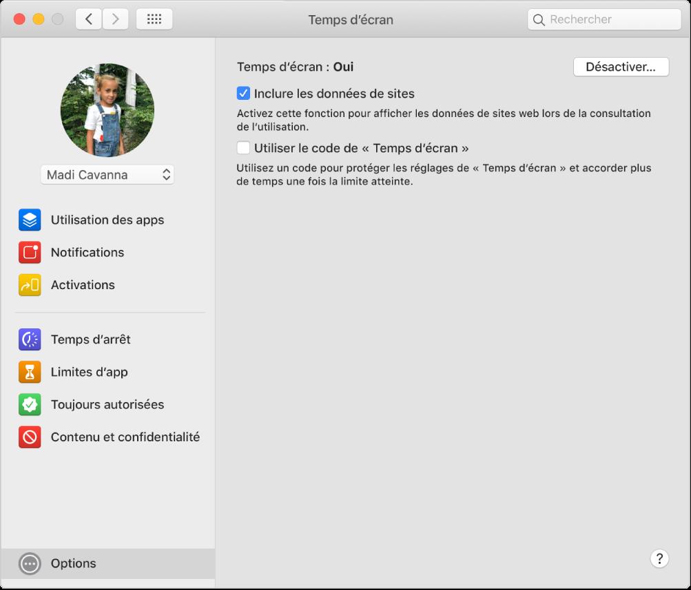 Sous-fenêtre des options de «Temps d'écran» avec «Temps d'écran» activé. L'option «Inclure les données de sites» est sélectionnée.