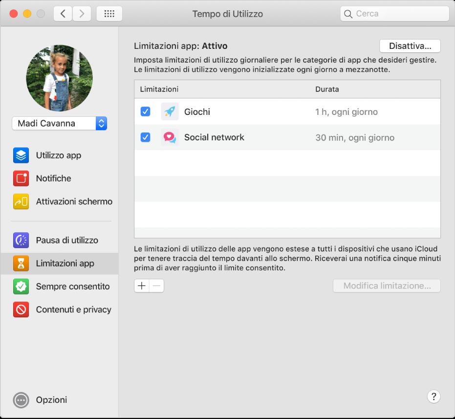 """Il pannello """"Limitazioni app"""" di """"Tempo di utilizzo"""", con """"Limitazioni app"""" attivato. I limiti di tempo sono impostati per due categorie di app."""