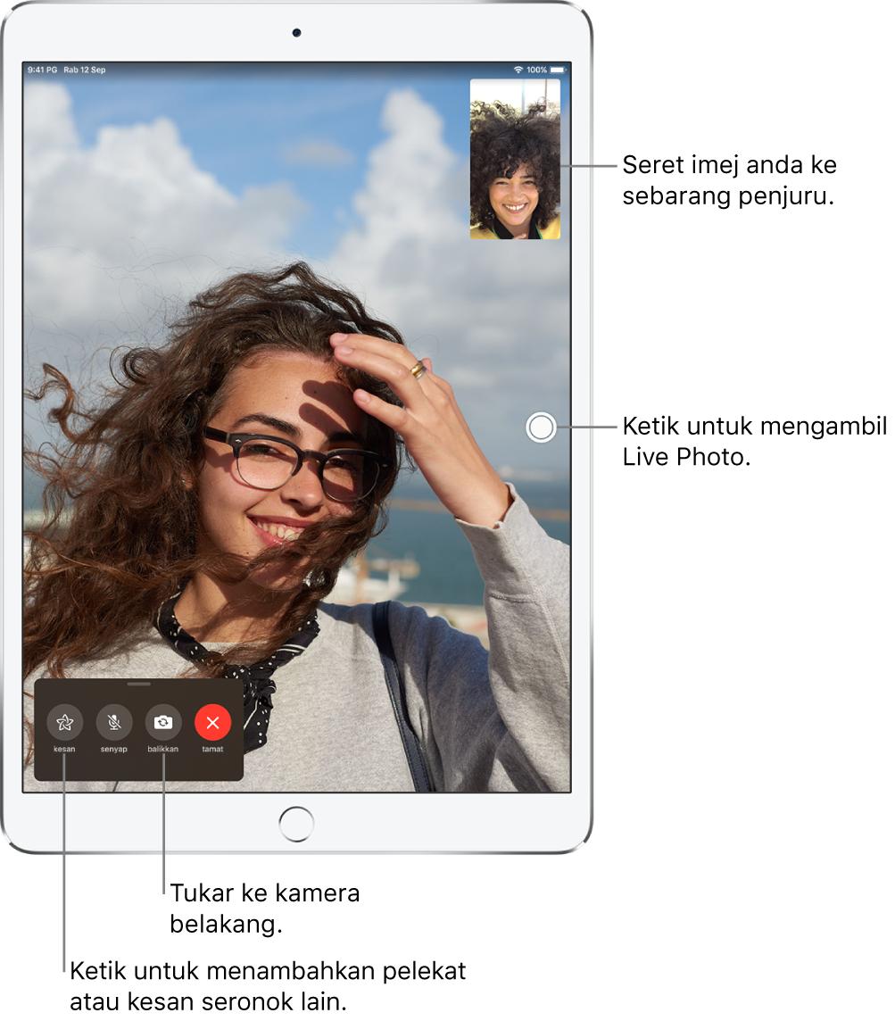 Skrin FaceTime menunjukkan panggilan sedang berlangsung. Imej anda muncul dalam segi empat tepat kecil di penjuru kanan atas dan imej orang lain mengisi bahagian lain skrin. Merentas bahagian bawah skrin adalah butang Kesan, Senyap, Balikkan dan Tamat.