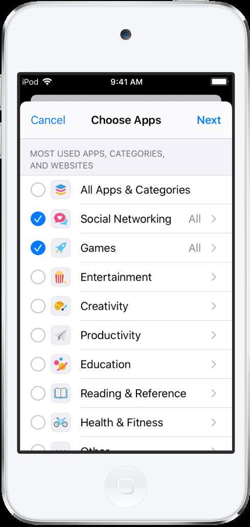 Het scherm 'Applimieten' in Schermtijd met een lijst van appcategorieën. De categorieën zijn van boven naar beneden: 'Alle apps en categorieën', 'Sociale netwerken', 'Games', 'Amusement', 'Creativiteit', 'Productiviteit', 'Onderwijs' en 'Lezen en naslag'. Naast elke categorie bevindt zich een cirkel om de categorie te selecteren en een tijdslimiet in te stellen.