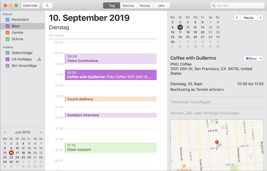 Ein Kalenderfenster in der Tagesansicht mit farbcodierten Privat-, Berufs-, Familien- und Schulkalendern in der Seitenleiste unter der iCloud-Accountüberschrift.