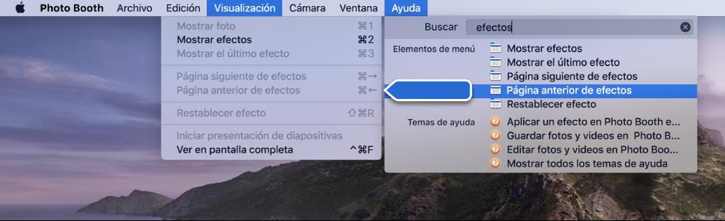 El menú de ayuda de Photo Booth con un resultado de búsqueda para un elemento del menú seleccionado y una flecha apuntando al elemento en los menús de la app.