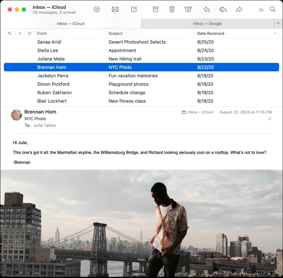 La fenêtre de Mail montrant la liste des messages en présentation Colonne, avec des colonnes telles que Expéditeur, Objet et «Date de réception», et l'aperçu du message sous la liste.