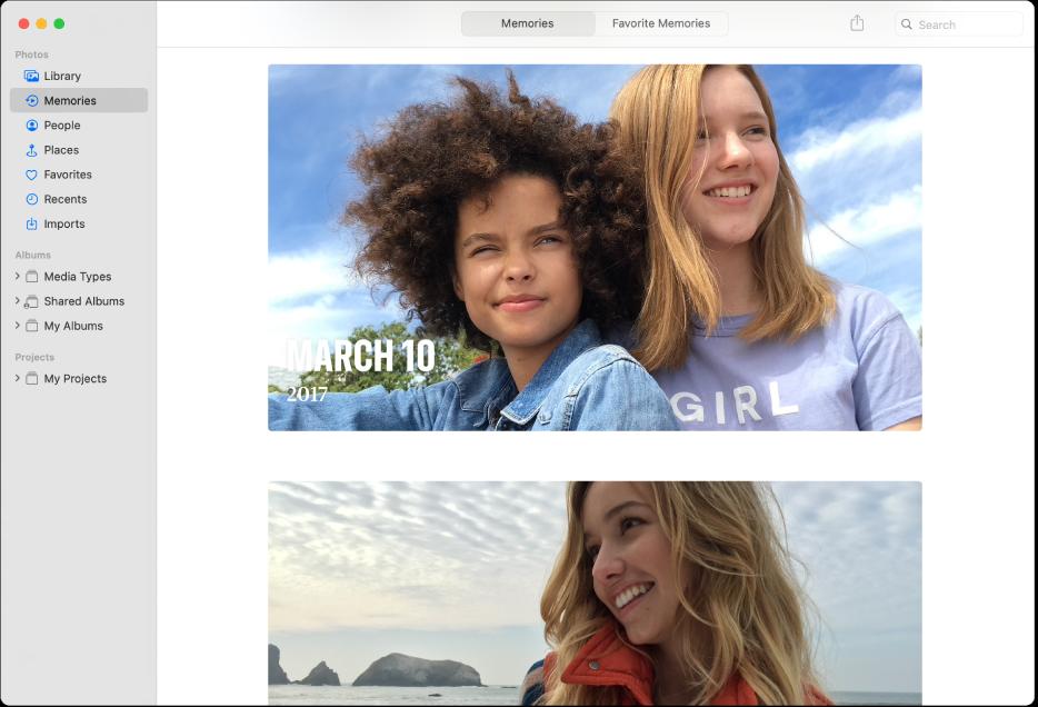 Prozor aplikacije Foto s prikazom odabranih Uspomena u rubnom stupcu i nekoliko uspomena prikazanih u prozoru.