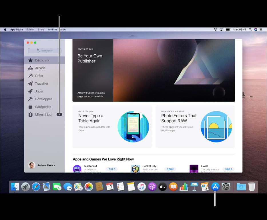 La fenêtre principale de l'App Store, avec une légende identifiant le bouton «Mises à jour» dans la barre latérale, et une autre identifiant l'icône «App Store» dans le Dock.