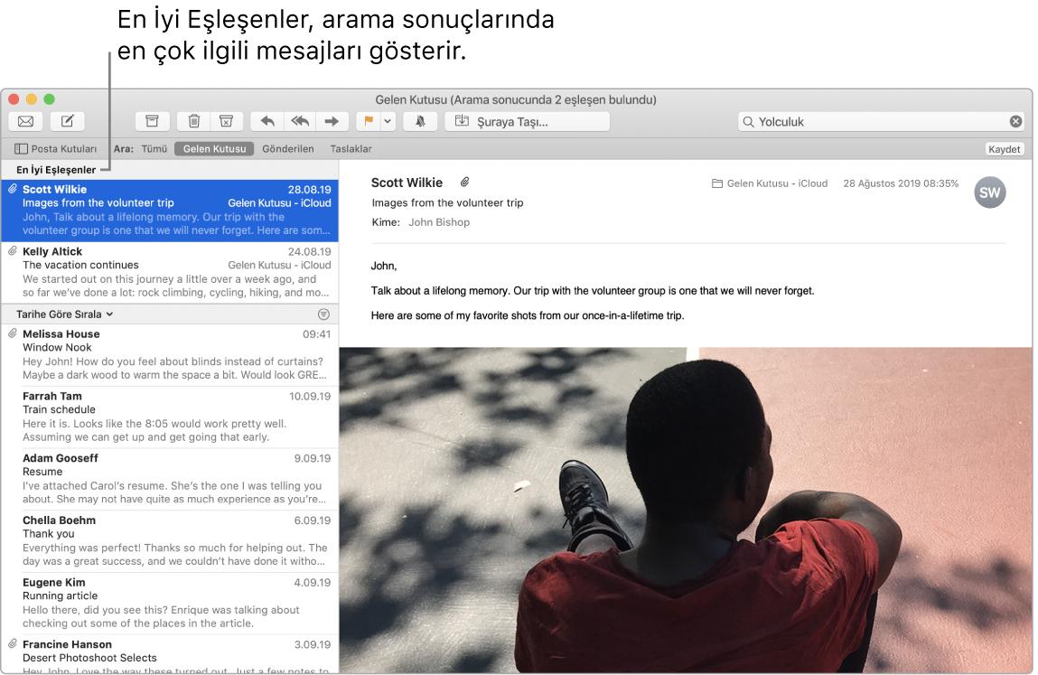 Listenin başında en iyi eşleşenleri ve altında diğer sonuçları gösteren bir Mail penceresi.