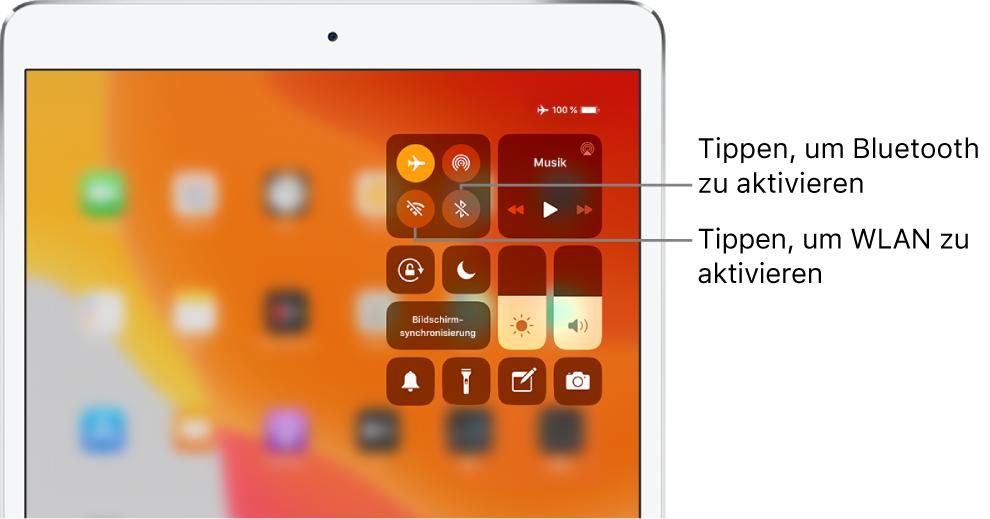 """Der Bildschirm """"Kontrollzentrum"""" mit der aktivierten Option """"Flugmodus"""" und den Hinweisen, dass beim Tippen auf das Steuerelement unten links in der oberen linken Gruppe die Option """"WLAN"""" und beim Tippen auf das Element unten rechts in derselben Gruppe die Option """"Bluetooth"""" aktiviert wird."""