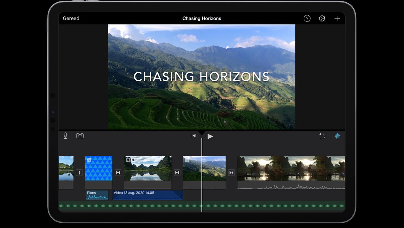 Een filmproject in iMovie op een iPad.