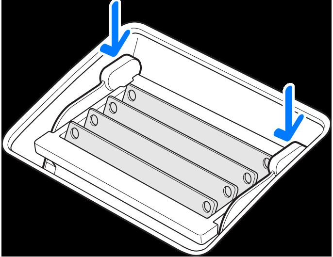 显示如何将内存防护盒卡扣向下推入内存仓中的插图。