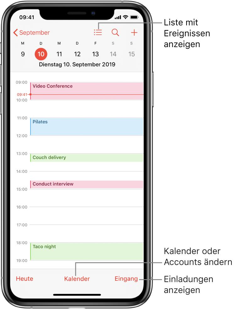 """Ein Kalender in der Tagesansicht mit den Ereignissen des Tags. Tippe unten auf dem Bildschirm auf """"Kalender"""", um den Kalenderaccount zu ändern. Tippe unten rechts auf die Taste """"Eingang"""", um Einladungen anzuzeigen."""