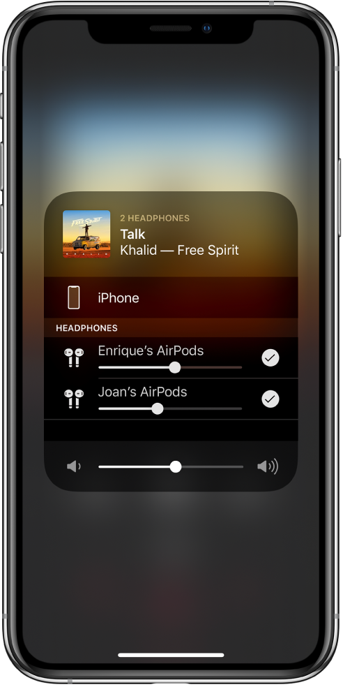 The screen shows two pairs of AirPods connected to the iPhone.