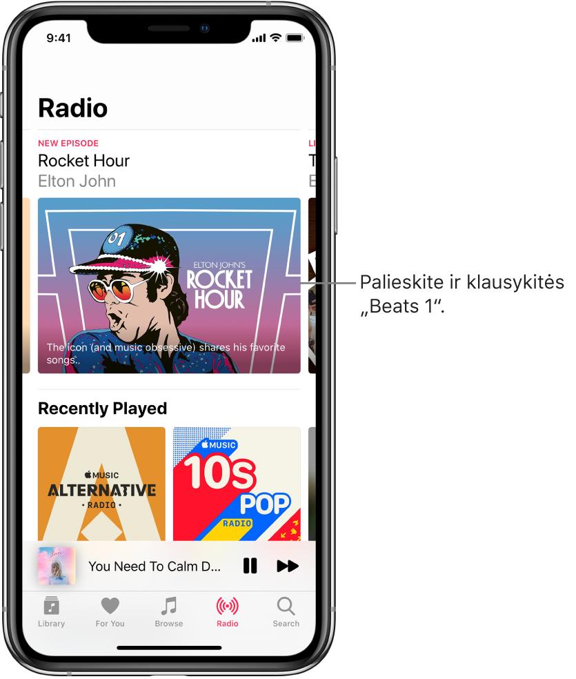 """Radijo ekranas, kurio viršuje rodoma radijo programa """"Beats1"""". Žemiau rodomi neseniai groti įrašai."""