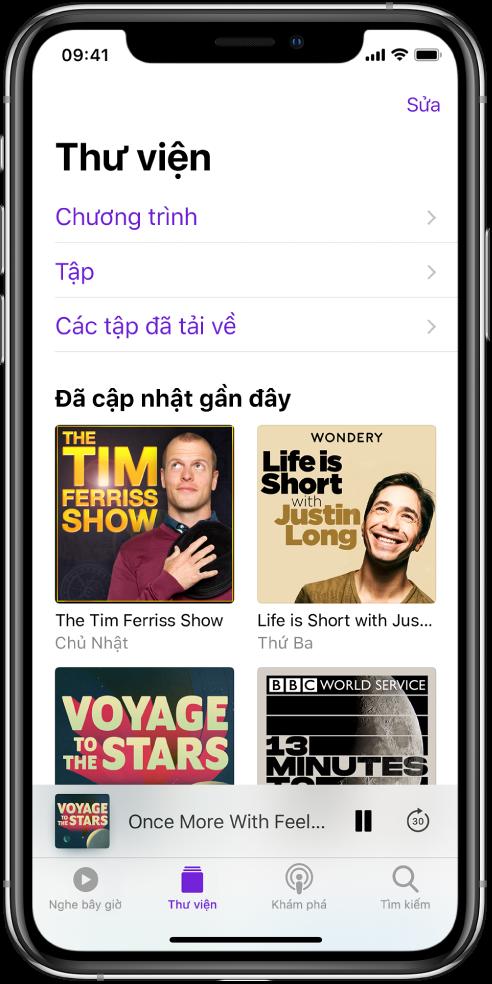 Tab Thư viện đang hiển thị podcast đã cập nhật gần đây.