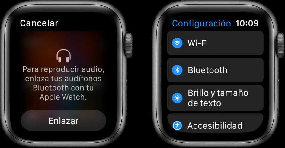 """Dos pantallas lado a lado. En la izquierda se encuentra una pantalla que solicita que conectes unos audífonos Bluetooth al Apple Watch. El botón """"Enlazar dispositivo"""" está en la parte inferior. A la derecha se encuentra la pantalla Configuración, mostrando en una lista los botones Wi-Fi, Bluetooth, Pantalla y tamaño de texto y Accesibilidad."""