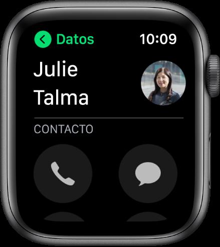 Pantalla de Teléfono mostrando un contacto y los botones Llamar y Mensaje.