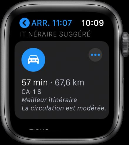 L'app Plan affiche un itinéraire suggéré ainsi que la distance et la durée estimées pour arriver à destination. Un bouton Plus s'affiche en haut à droite.