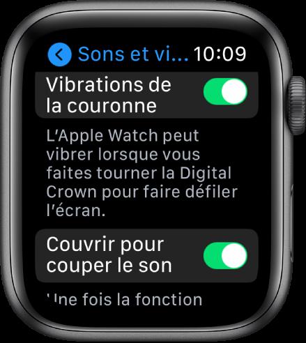 L'écran Vibrations de la couronne qui affiche le commutateur Vibrations de la couronne activé. Le bouton Couvrir pour couper le son se trouve en dessous.