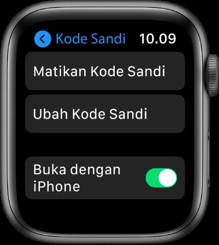 Pengaturan kode sandi di Apple Watch, dengan tombol Matikan Kode Sandi di bagian atas, tombol Ubah Kode Sandi di bawahnya, dan Buka pengalih iPhone di bagian bawah.