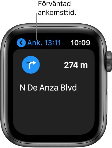 Appen Kartor visar beräknad ankomsttid uppe till vänster, namnet på gatan där du ska svänga nästa gång och avståndet tills du ska svänga.