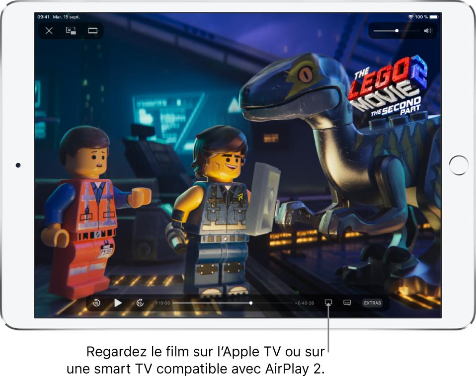 Un film en cours de lecture sur l'écran de l'iPad En bas de l'écran se trouvent les commandes de lecture, notamment le bouton «Recopie de l'écran» en bas à droite.