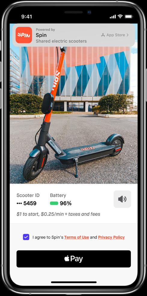 App clip zobrazujúci tlačidlo Apple Pay vspodnej časti obrazovky. Vhornej časti obrazovky sa nachádza banner sodkazom na apku vApp Store.