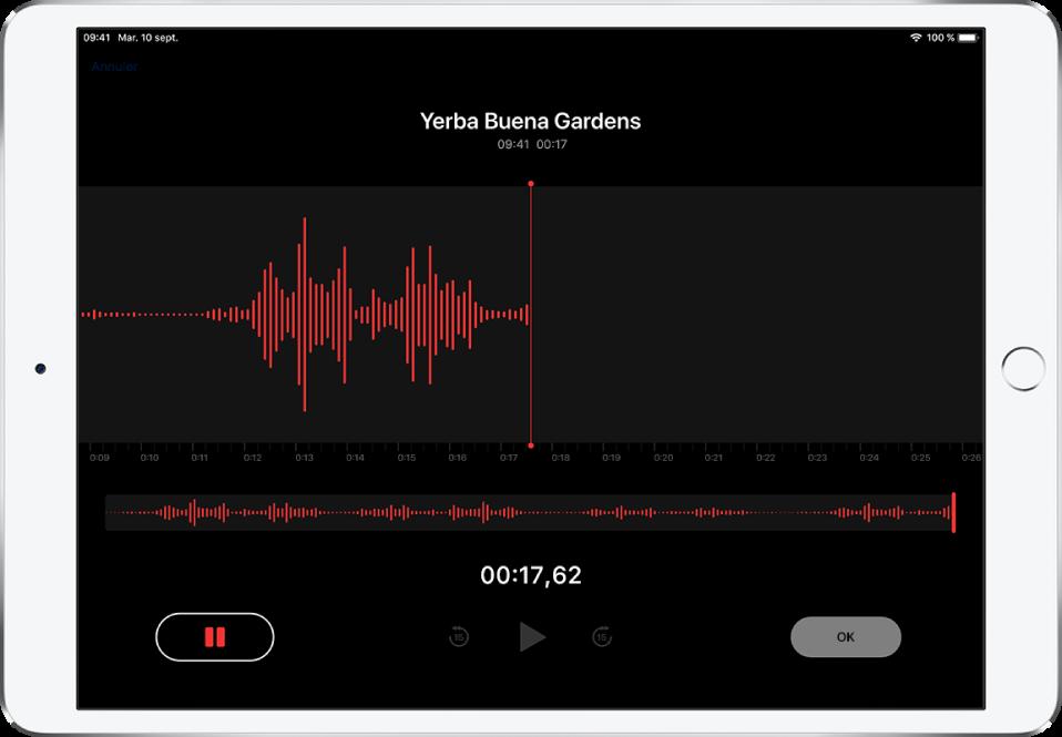 L'écran d'enregistrement Dictaphone avec les commandes pour démarrer, mettre en pause, lire et terminer un enregistrement.