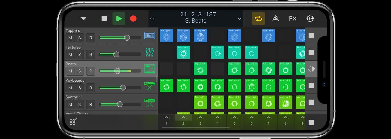 Logic Remote med ett projekt som spelas upp.