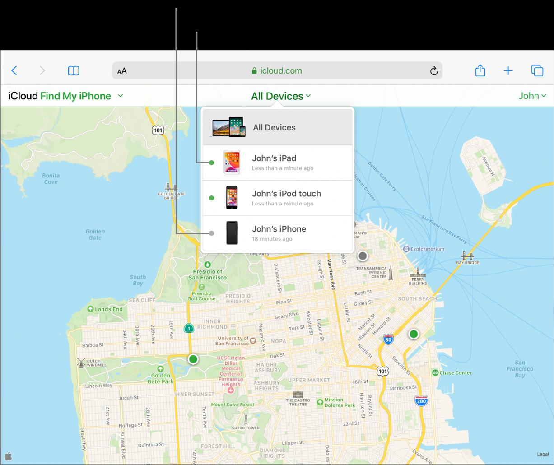 Az iCloud.com webhelyen található iPhone keresése alkalmazás iPaden a Safariban megnyitva. Három eszköz helyzete látható San Francisco térképén. János iPadje és János iPod touch készüléke online módban van; zöld pontok jelzik őket. János iPhone-ja offline állapotban van; egy szürke pont jelzi a készüléket.