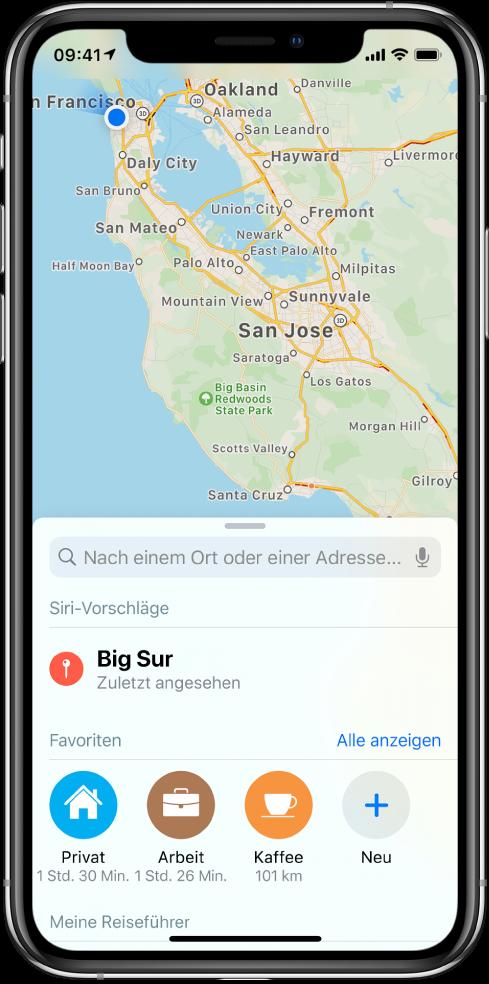 """Eine Karte der San Francisco Bay Area, mit drei Favoriten am unteren Bildschirmrand. Die Favoriten sind """"Zuhause"""", """"Büro"""" und """"Kaffee""""."""
