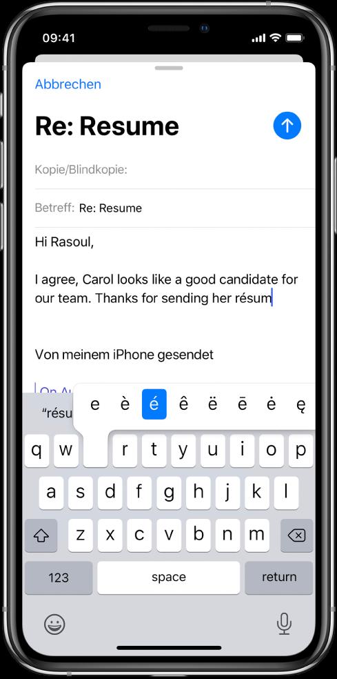 """Ein Bildschirm mit dem Entwurf einer E-Mail. Die Tastatur ist geöffnet und es werden alternative Zeichen zum Buchstaben """"e"""" angezeigt."""