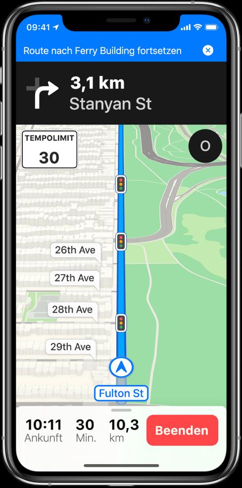 """Eine Karte mit einer Route und einem blauen Banner mit der Option zum Fortsetzen der Route zum """"Fährhaus"""" oben auf dem Bildschirm."""